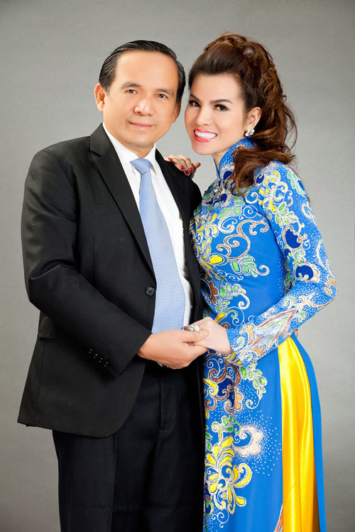 hoa hau kim hong sang trong voi ao dai long phung - 11