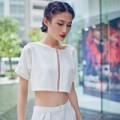 Thời trang - Kha Mỹ Vân nữ tính bất ngờ nhờ sắc trắng