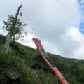 Tin tức - Cận cảnh cẩu xe khách bị nạn ở Sa Pa khỏi vực sâu