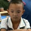 Tin tức - TQ: Cậu bé bị móc mắt trở lại trường học