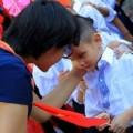 Tin tức - Xúc động hình ảnh khai giảng của bé khiếm thị