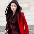 Thời trang - Tư vấn thời trang: Mặc màu đỏ đô đẹp cho người gầy, da xỉn