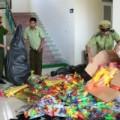 Tin tức - Hám lời, nhập gần 1000 đồ chơi Trung thu bạo lực Trung Quốc