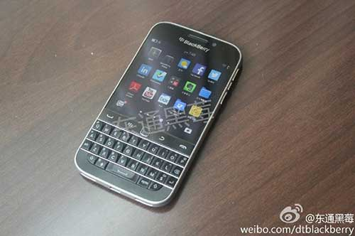 blackberry classic lo anh thuc te giong bold 9900 - 1
