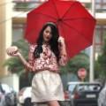Thời trang - Mẹo để chị em Sài Gòn đẹp cả trong mùa mưa