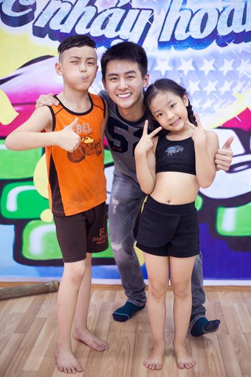 hot boy thai lan bat mi chuyen ham mo yen trang - 1