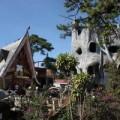 Nhà đẹp - 'Ngôi nhà điên' ở Đà Lạt là khách sạn kỳ quái nhất thế giới