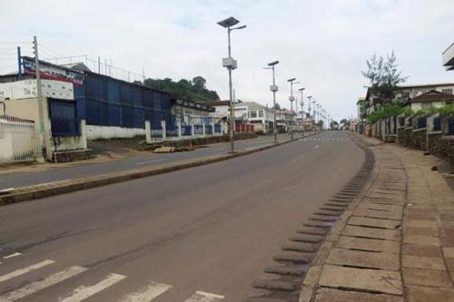 sierra leone gioi nghiem 72 gio vi ebola - 1