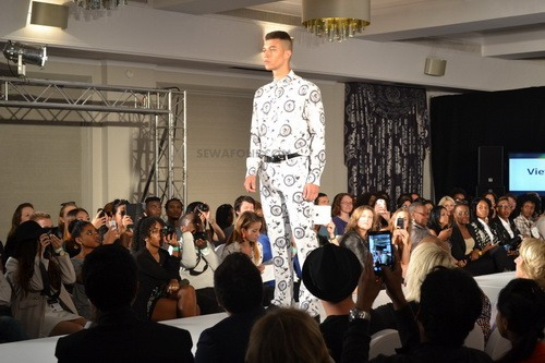 "thoi trang viet toa sang tren san ""london fashion week"" - 4"