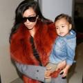 Làng sao - Kim Kardashian phớt lờ scandal lộ ảnh nóng