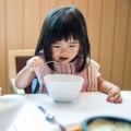 Làm mẹ - Nên và Không nên để con ăn được nhiều hơn mỗi bữa