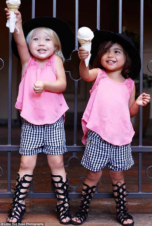 Gặp đôi bạn nhí 2 tuổi đang 'gây bão mạng' vì style cực chất-14