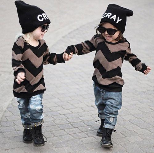 gap doi ban nhi 2 tuoi dang 'gay bao mang' vi style cuc chat - 8