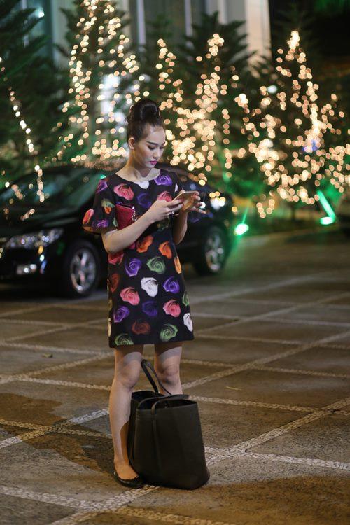 Nữ hoàng Trang sức Thanh Trúc đi xe ôm về sau sự kiện-5