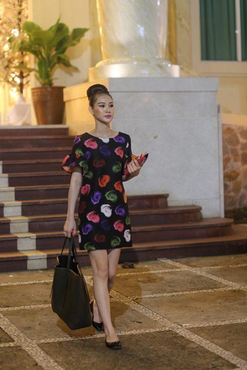 Nữ hoàng Trang sức Thanh Trúc đi xe ôm về sau sự kiện-6