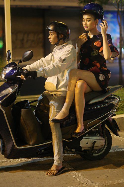 Nữ hoàng Trang sức Thanh Trúc đi xe ôm về sau sự kiện-9