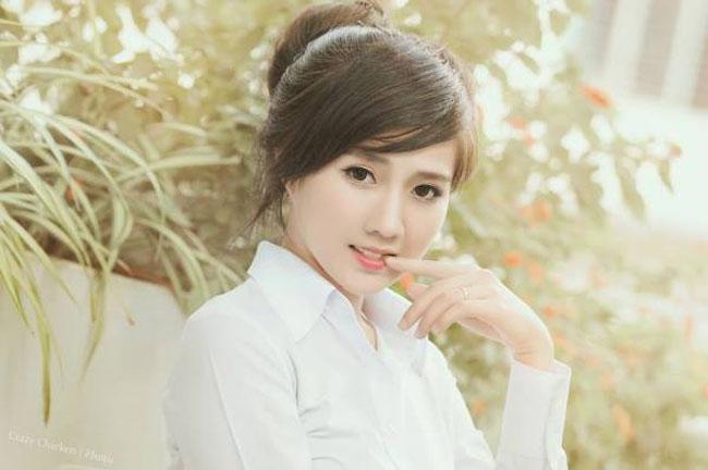 4 hot girl Việt mới nổi xinh đẹp, dáng chuẩn như thiên thần