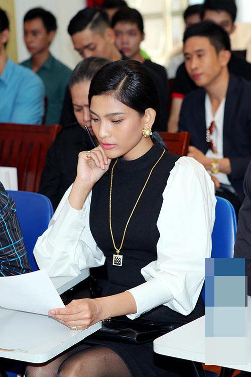 """Trương Thị May """"đẹp đôi"""" bên Vĩnh Thụy-10"""