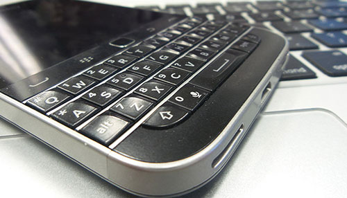 5 ly do vi sao the gioi can mot chiec android blackberry - 2
