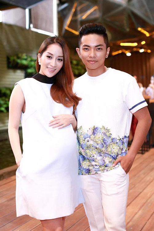 khanh thi da sinh con trai dau long nang 3kg - 2