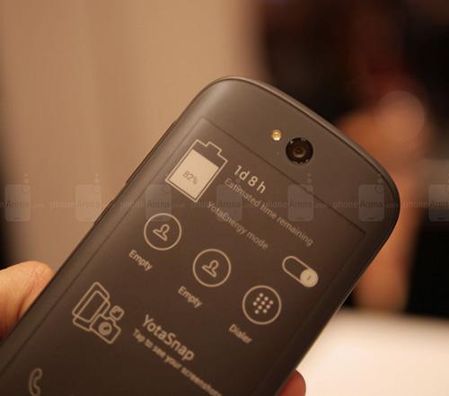 11 smartphone dac biet nhat tren thi truong hien nay - 2