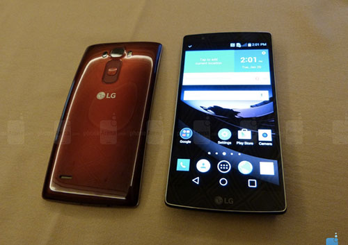 11 smartphone dac biet nhat tren thi truong hien nay - 8