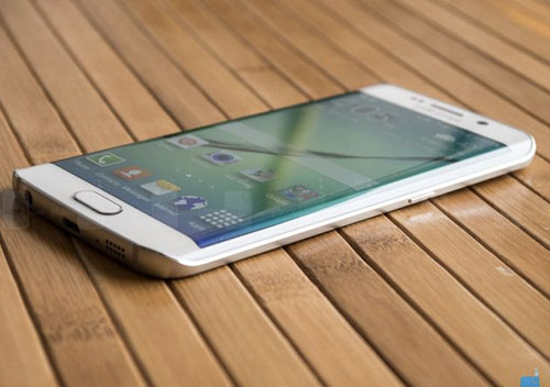 11 smartphone dac biet nhat tren thi truong hien nay - 10