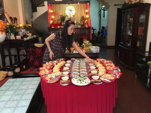 vo chong trinh kim chi khoe con gai 1 thang tuoi - 1