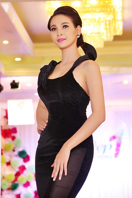 truong hai van lan dau chung san khau voi trieu thi ha - 6