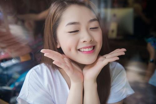 hot girl vietnam idol 2015 khoe ve quyen ru trong mv moi - 3