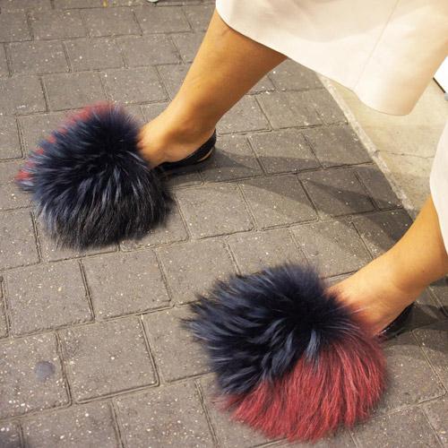"""Tín đồ thích thú với mốt giày """"chổi lau nhà""""-4"""