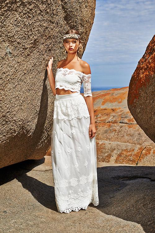 Kiểu váy cưới thú vị mọi cô dâu nên thử năm 2015 - 9