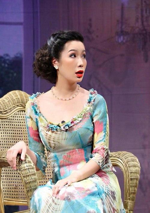 """trinh kim chi """"xuat chieu"""" sau mot thang ruoi sinh con - 2"""