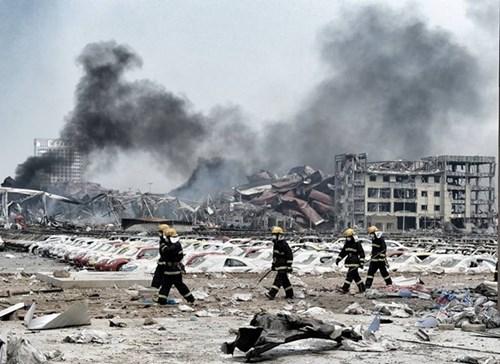 Thảm họa Thiên Tân: Hố đen khổng lồ xuất hiện-5