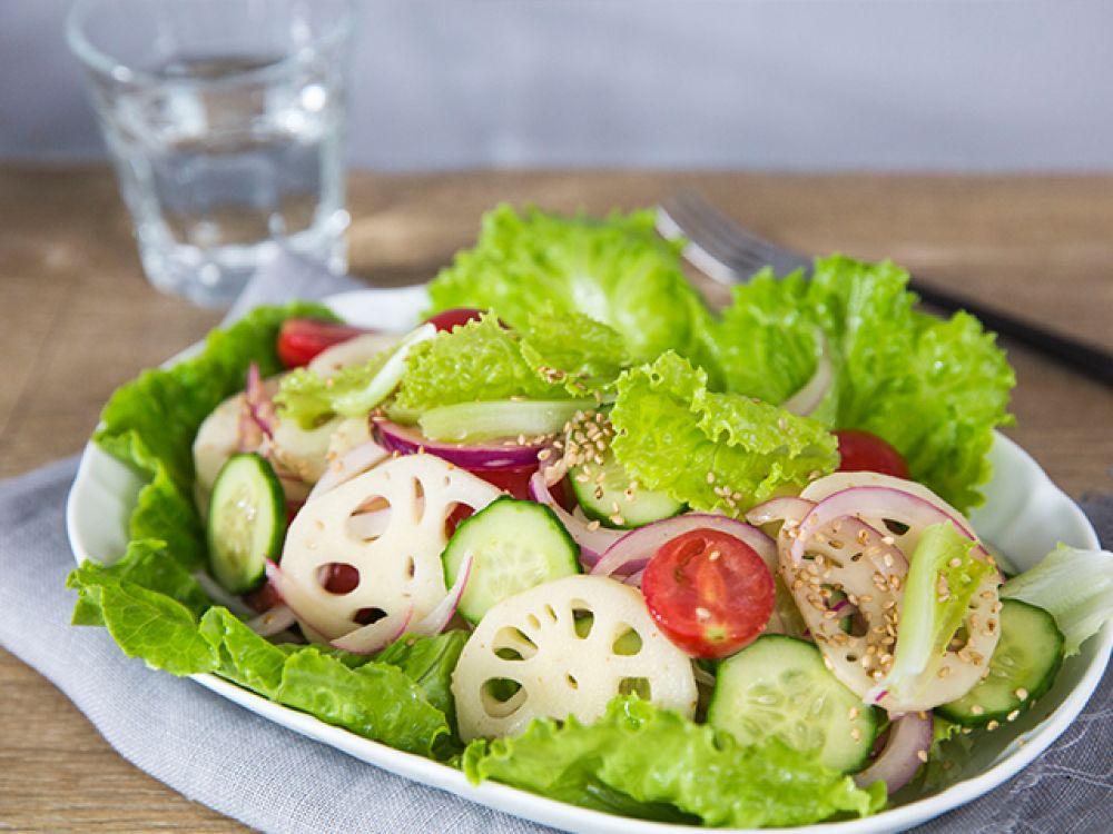 10 phút là xong salad củ sen thanh mát-6