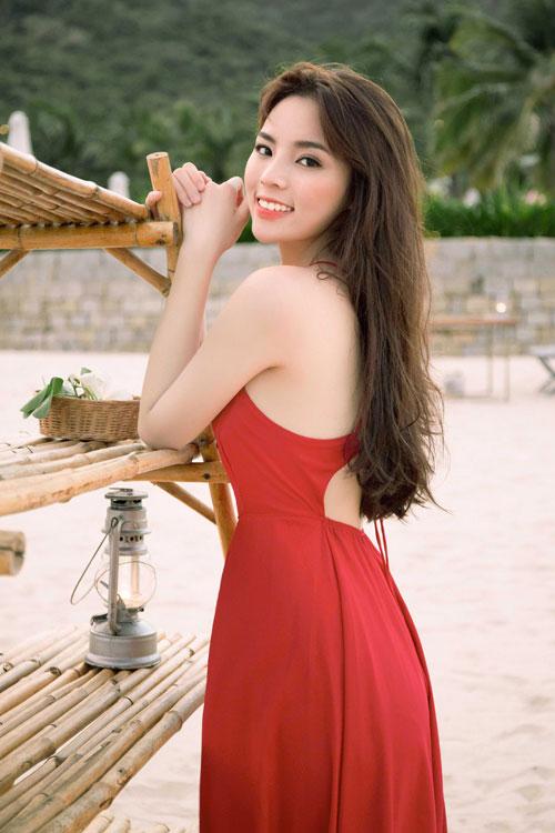 Ngỡ ngàng với vẻ trẻ trung hơn tuổi của Việt Hương ngoài đời-11