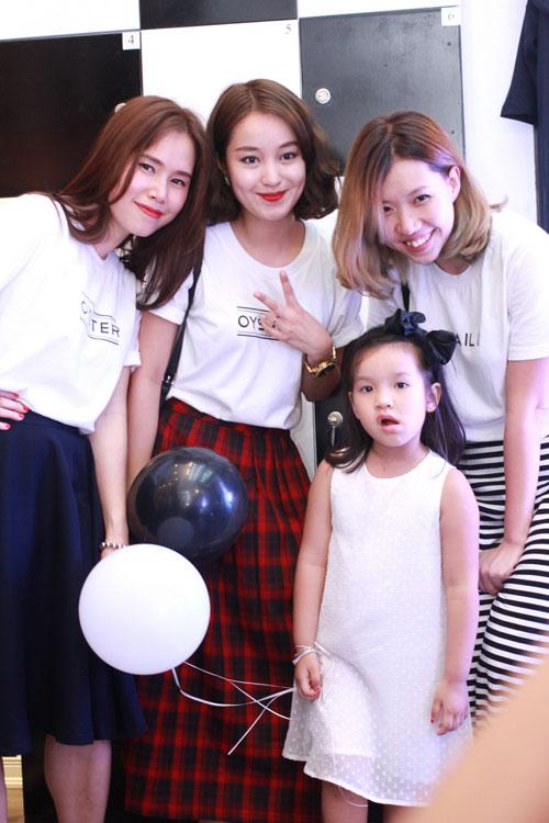 Mi Vân bất ngờ dẫn con gái đáng yêu đi dự sự kiện - 3