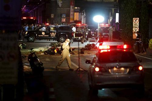 Trung tâm Bangkok tan tác sau vụ nổ bom đẫm máu-11