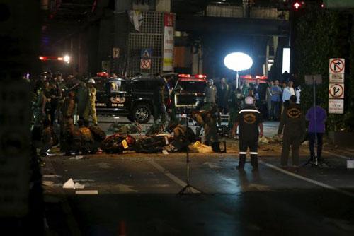 Trung tâm Bangkok tan tác sau vụ nổ bom đẫm máu-8