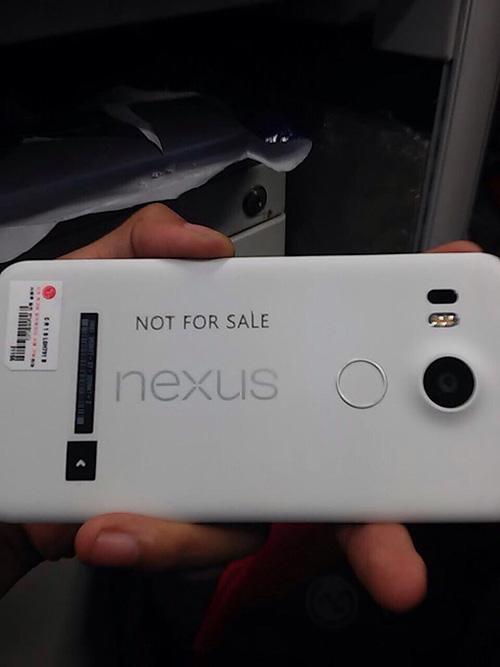 lg nexus 5 2015 lan dau lo anh that - 1