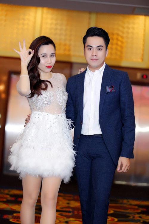MC Thái Dũng thân thiết Lưu Hương Giang tại sự kiện-4