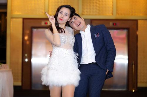 MC Thái Dũng thân thiết Lưu Hương Giang tại sự kiện-5