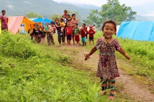 Sau 3 tháng động đất, người dân Nepal vẫn màn trời chiếu đất-1