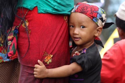 Sau 3 tháng động đất, người dân Nepal vẫn màn trời chiếu đất-2