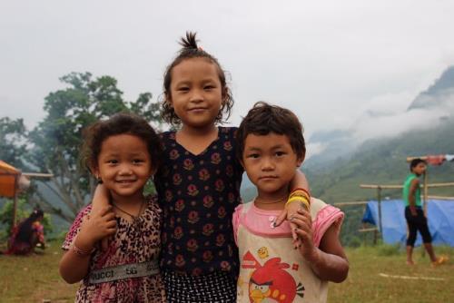 Sau 3 tháng động đất, người dân Nepal vẫn màn trời chiếu đất-4