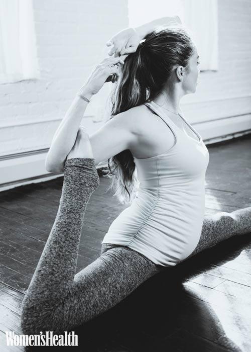 """hinh anh me bau tap yoga khien ai cung """"tram tro"""" - 5"""