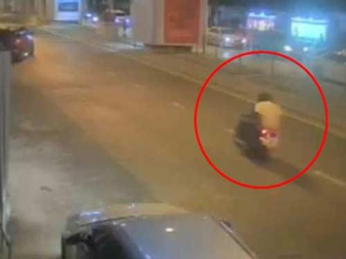 danh bom bangkok: nghi pham chinh da tau thoat ra nuoc ngoai? - 1