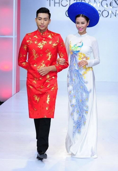 "ban gai truong nam thanh ""le bong"" mac vay cuoi - 15"