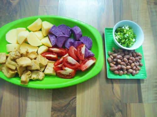 ram thang 7: canh khoai chay thanh tinh, de an - 1