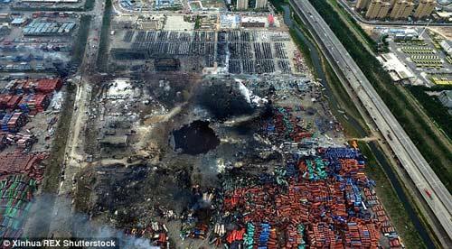 TQ lại nổ nhà máy hóa chất, 7 công nhân bị thương-2